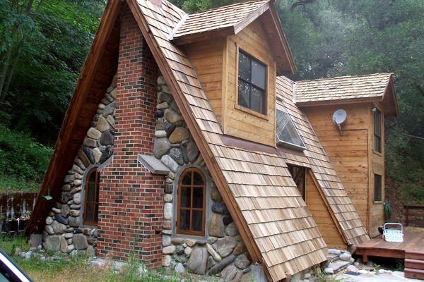 Маленький домик в лесу своими руками 2